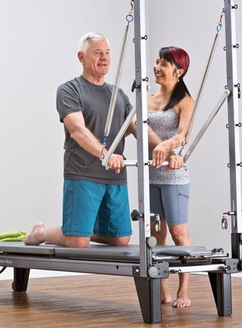 Особенности тренировок пилатес с пожилыми клиентами